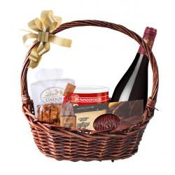 Подаръчна кошница с Червено вино