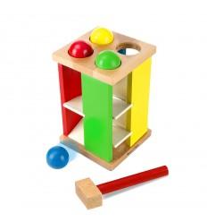 Дървена кула с топчета и чук