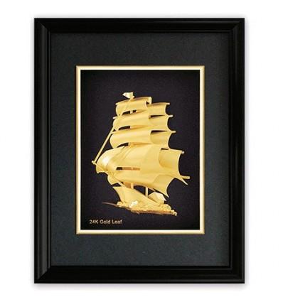 Златна картина кораб